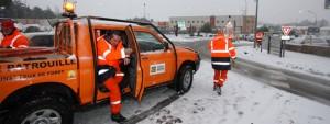 Photo d'agents de la Sécurité civile sous la neige