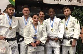 Photo de l'équipe du Venelles Judo Club