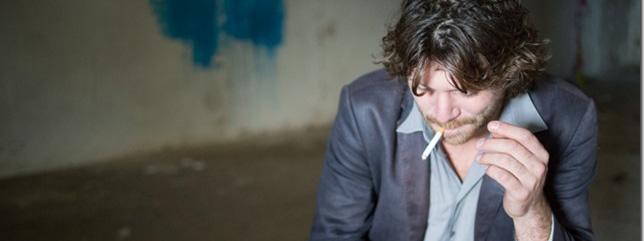 Photo de Clément Bertrand cigarette au bec