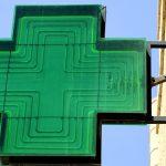 Enseigne lumineuse verte de pharmacie