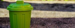 Poubelle métallique verte
