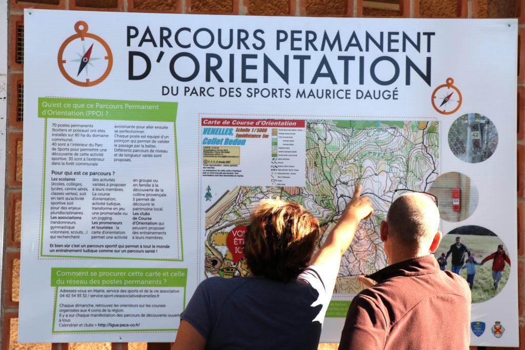 Photo du parcours d'orientation situé au Parc des sports de la ville de Venelles