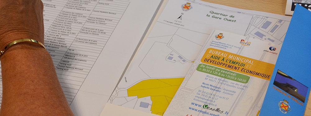 Photo d'un dossier du bureau municipal de l'emploi
