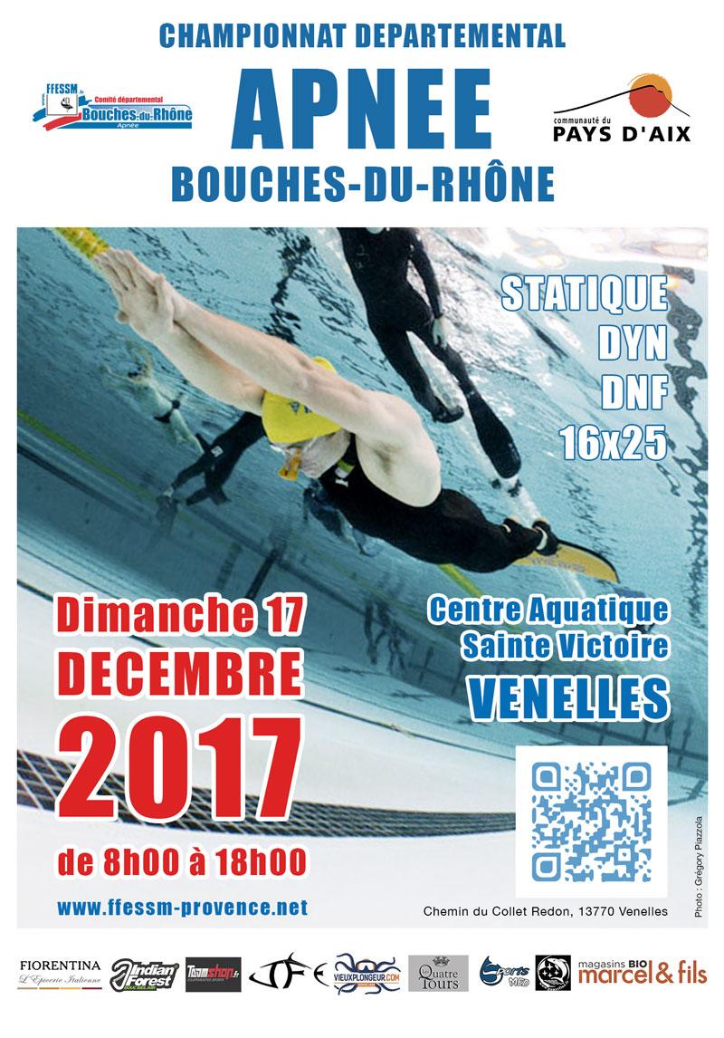Affiche du championnat d'apnée des Bouches-du-Rhône montrant un homme en train de nager en apnée dans une piscine
