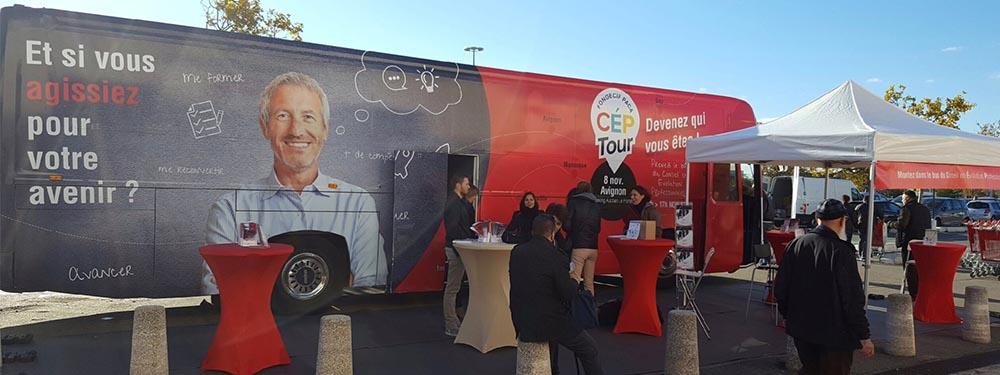 Photo du bus événementiel du département