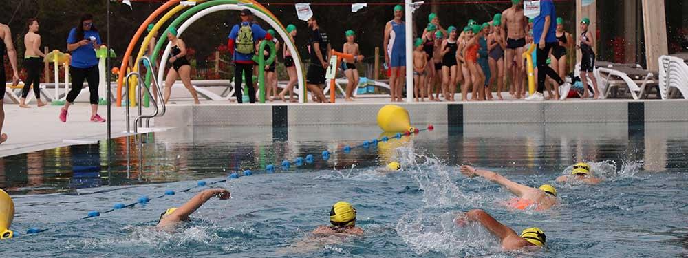 Photo de l'épreuve de natation du 1er triathlon de l'espoir de Venelles
