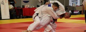 Photo montrant des judokas en pleine action