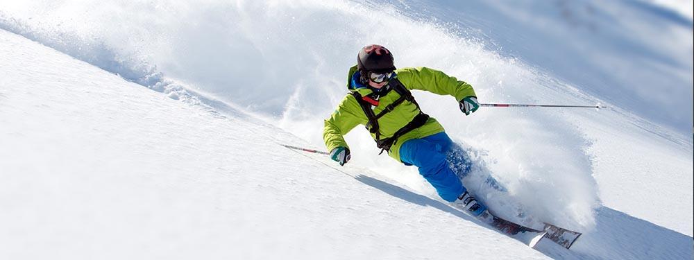 Photo montrant un skieur en pleine action
