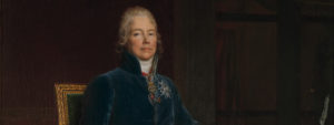 Peinture représentant le Prince de Talleyrand assis sur une chaise, portant une veste bleue et des collants, visage impassible