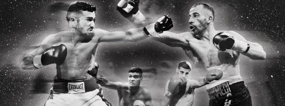 Photo montrant des combats de boxe en noir et blanc