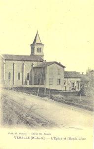 Photo ancienne de l'église bas et ecole libre de Venelles