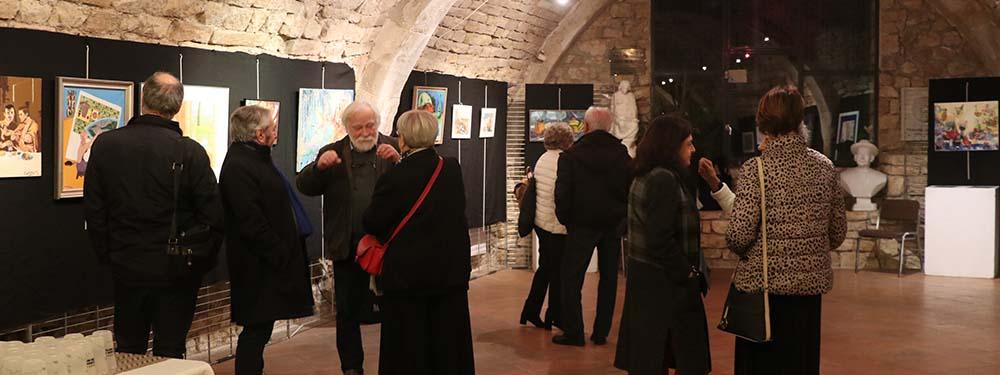 Photo de la remise de prix du concours de peintures Faites le mur !