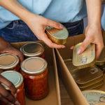 Photo d'une collecte de denrées alimentaires