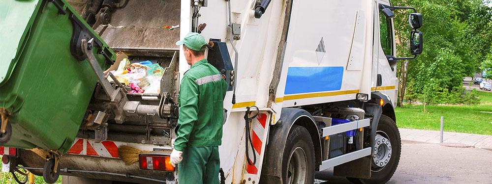 Photo d'un camion poubelle