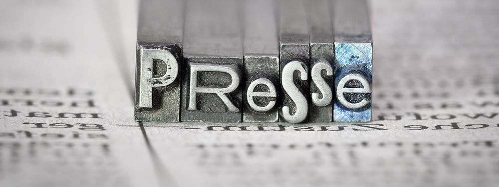 """Photo avec un tampon gravé """"Presse"""""""