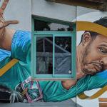 Photo d'une œuvre street art sur la salle de la grande terre