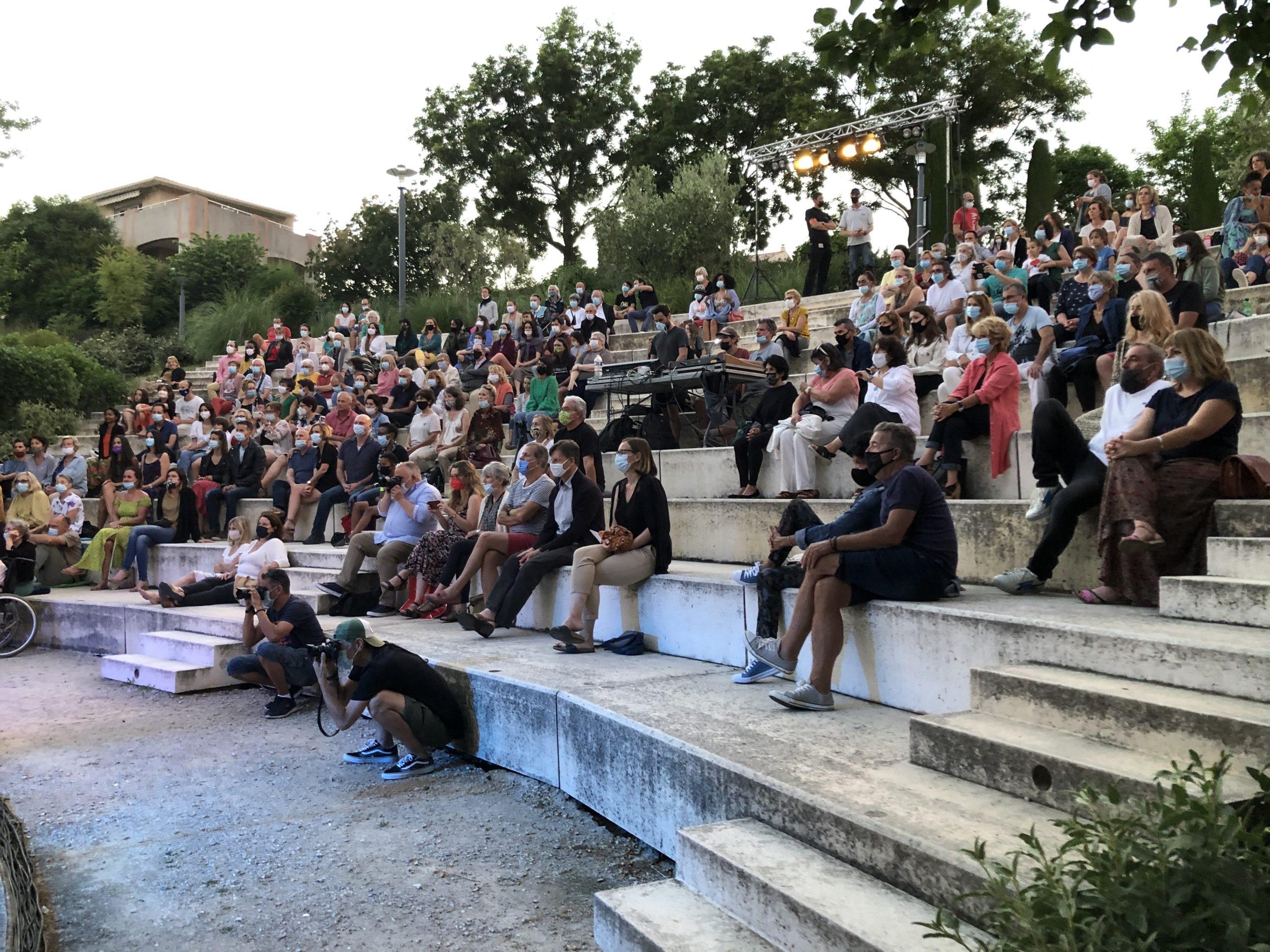 Photo du public lors du concert de Bongi