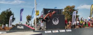 Photo d'Armelle Tisler au Pro Bowl Contest à Marseille en train de faire un saut