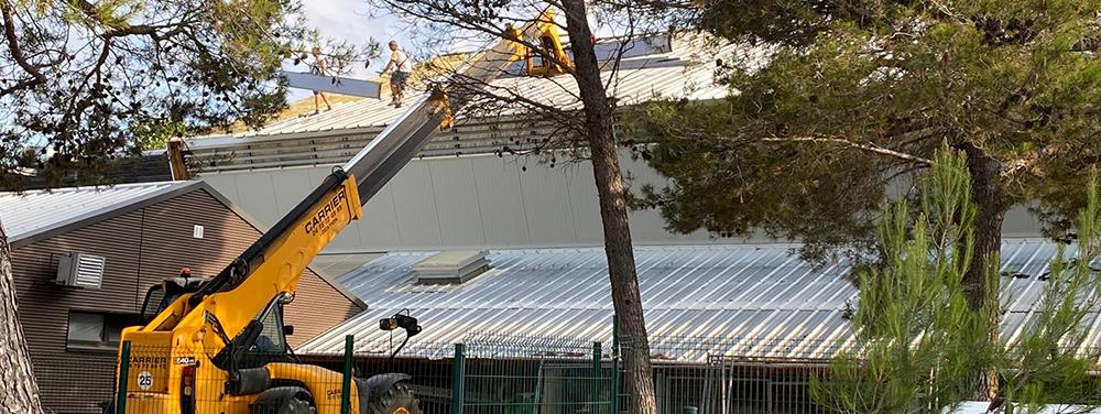 Photo de la rénovation de la toiture de la Halle Nelson Mandela