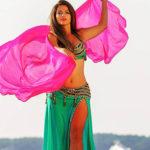 Photo d'une danseuse de la compagnie Sarahdanse